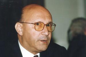 El profesor Enrique M. Ureña.